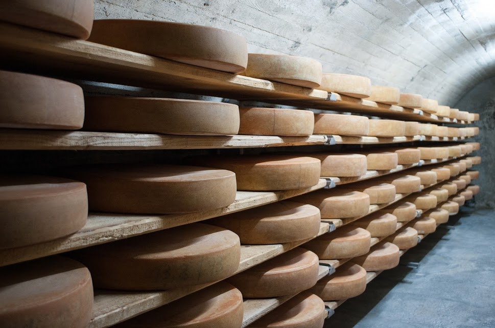 The history of Cheese - cheese aging
