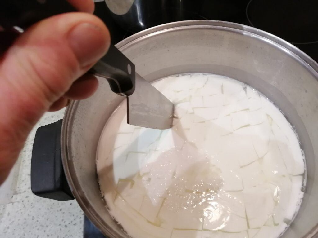 How to make cheese at home - cutting the curd
